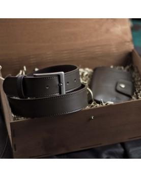 Мужское кожаное портмоне и ремень в подарочном наборе SMART Deep Brown