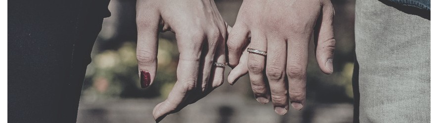 Парные обручальные кольца для влюбленных купить недорого в Алматы